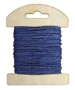 Papierkordel auf Holzkarte in royalblau