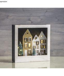 Holzmotiv Häuser im Rahmen