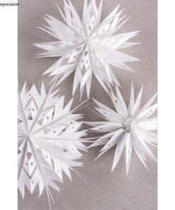 Sterne aus Papiertüten, weiß