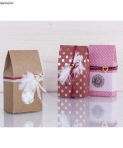 3 Geschenkschachteln mit Federn