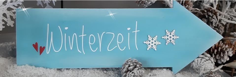 Das Schild Winterzeit in der Detailansicht.