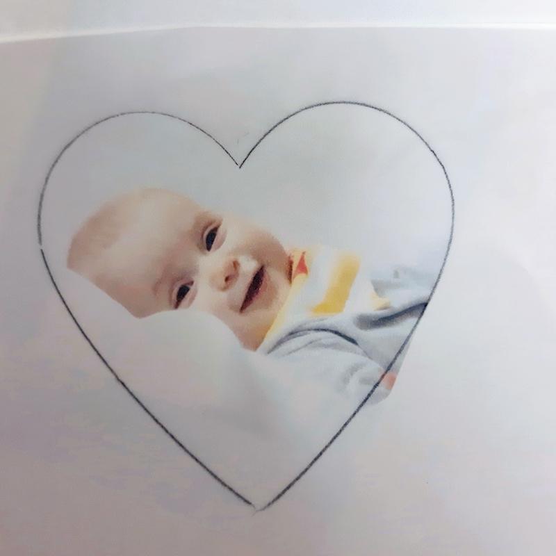 Schablone für das Baby zum Zuschneiden.