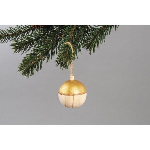 Holz Weihnachtskugel, 52mm ø am Tannenzweig