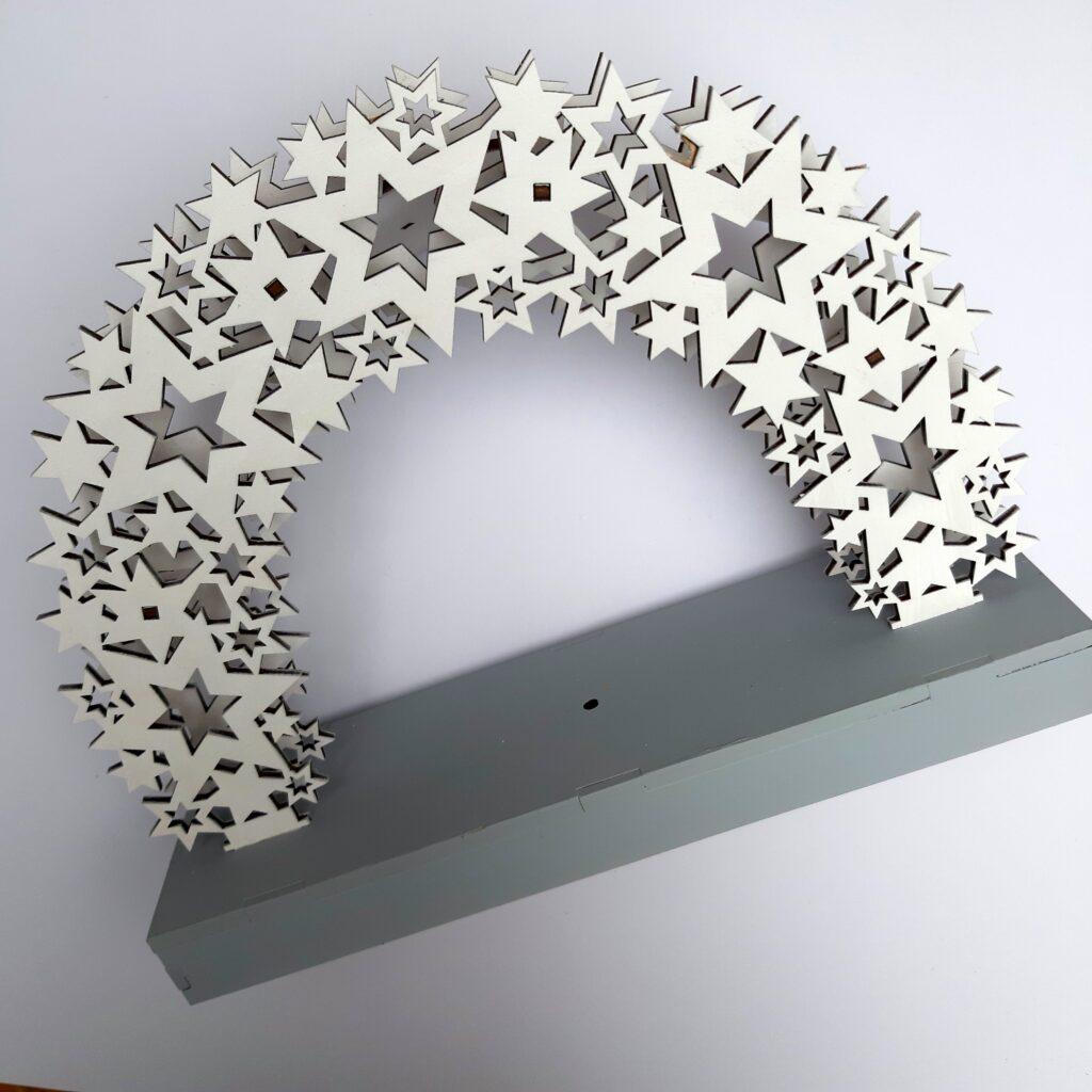 Ein Sternenhimmel aus Holz.