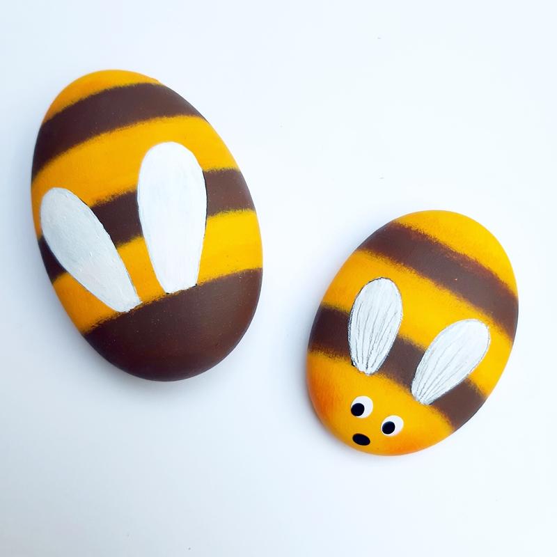 2 Bienen als Steine